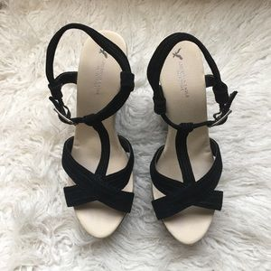 American Eagle Wedge Suede Sandals